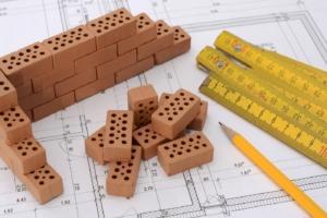 Hühnerstall mauern oder aus Holz bauen